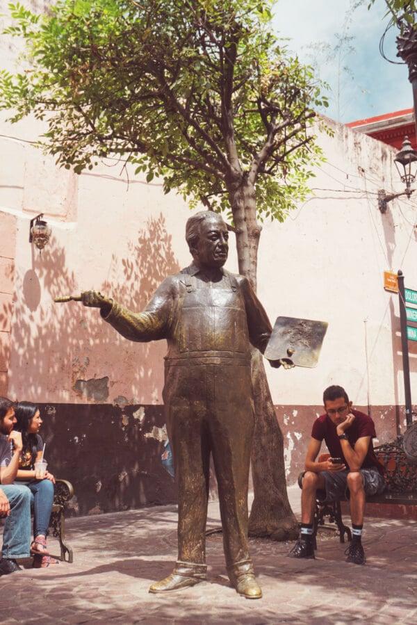 statue of diego rivera in guanajuato