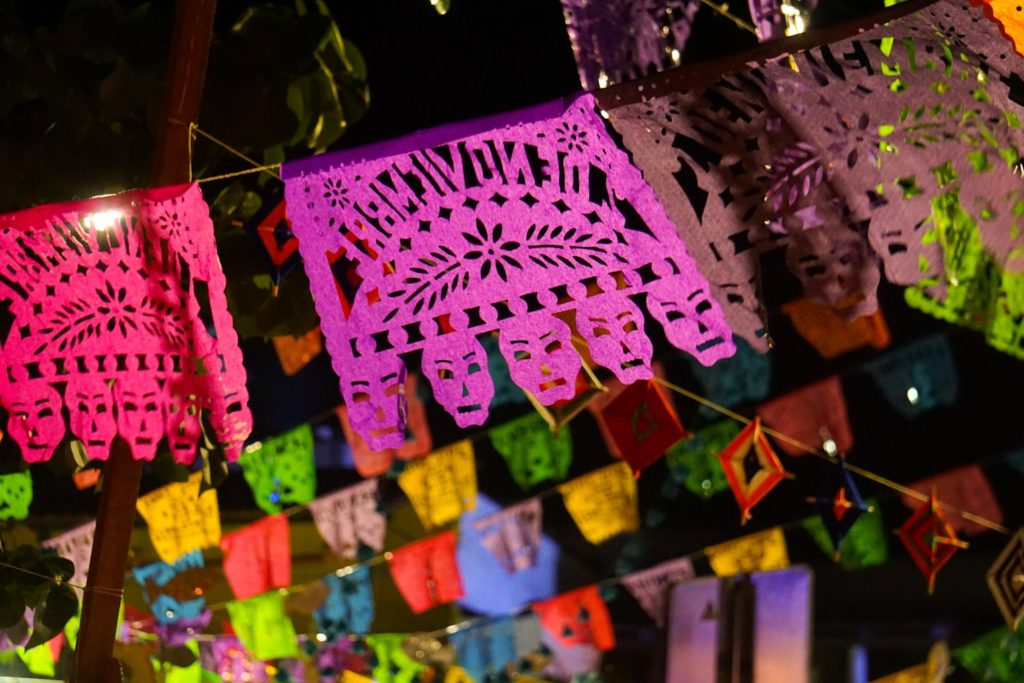 Celebrating Day of the Dead in Sayulita, Mexico #diademuertos #dayofthedead #mexico #travel | BUCKETLIST BRI www.bucketlistbri.com