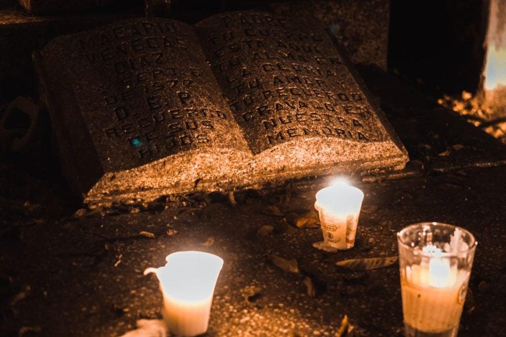 Celebrating Day of the Dead in Sayulita, Mexico #diademuertos #dayofthedead #mexico #travel | BUCKETLIST BRI www.bucketlistbri.com