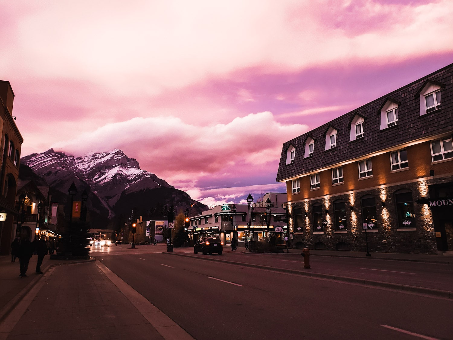 10 Adventurous Things to Do in Banff, Alberta (+ 1 Day Itinerary) | bucketlist bri www.bucketlistbri.com