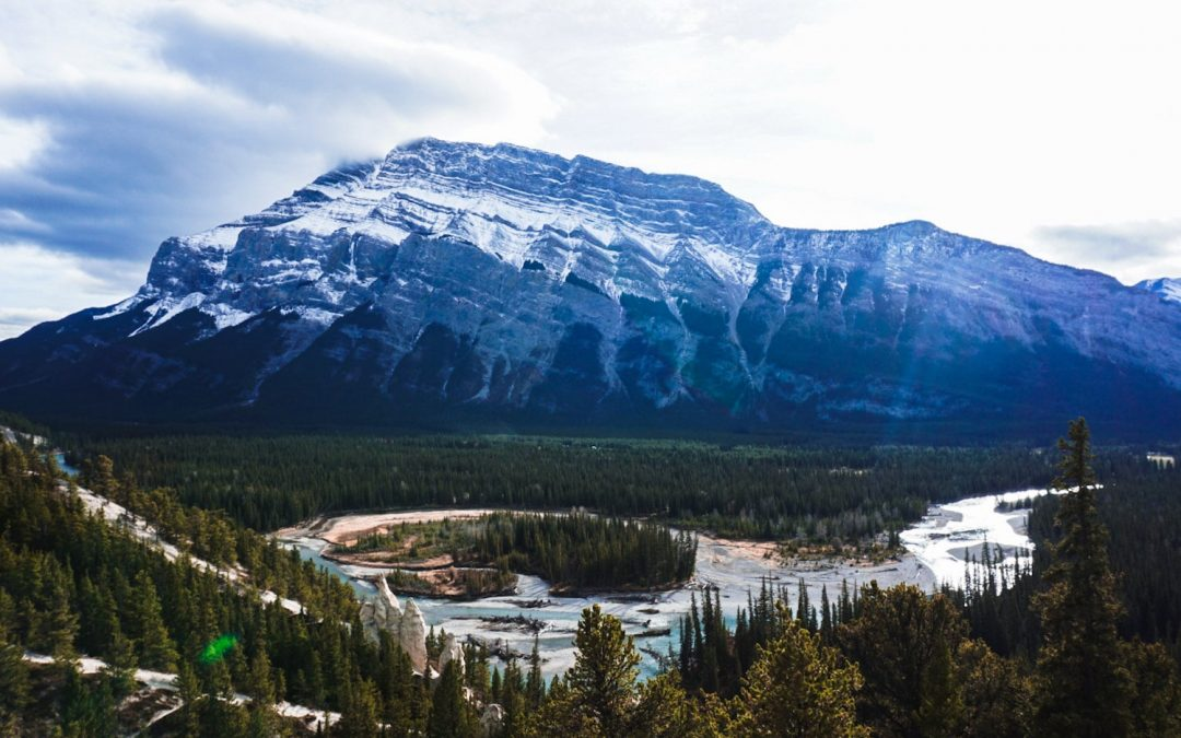 10 Adventurous Things to Do in Banff in Winter (+ 1 Day Itinerary)