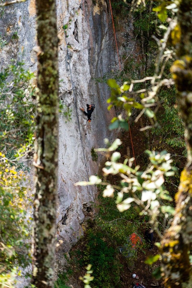 rock climber climbing in el arcotete parque ecoturistico