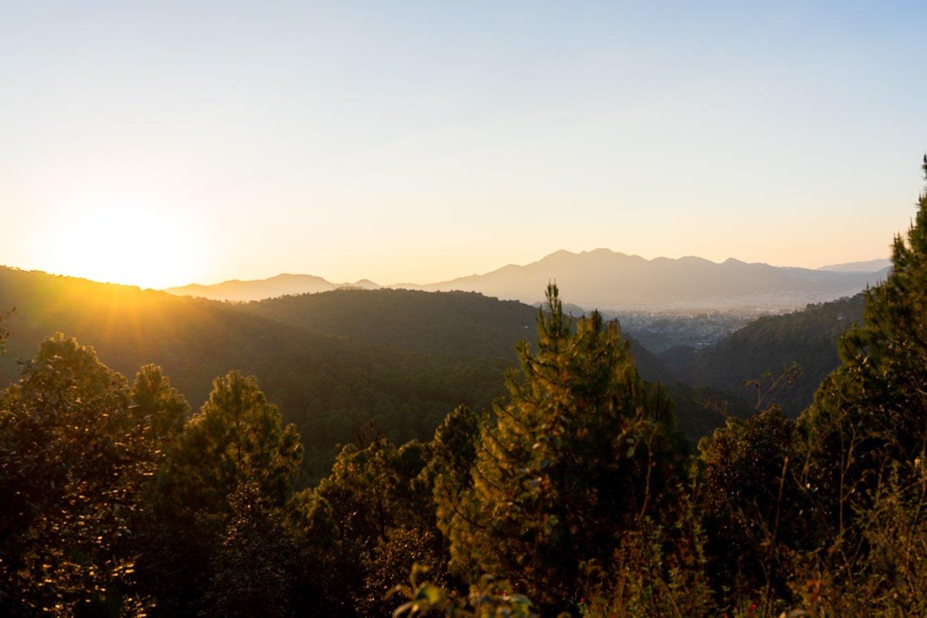 sunset and mountains overlooking san cristobal de las casas