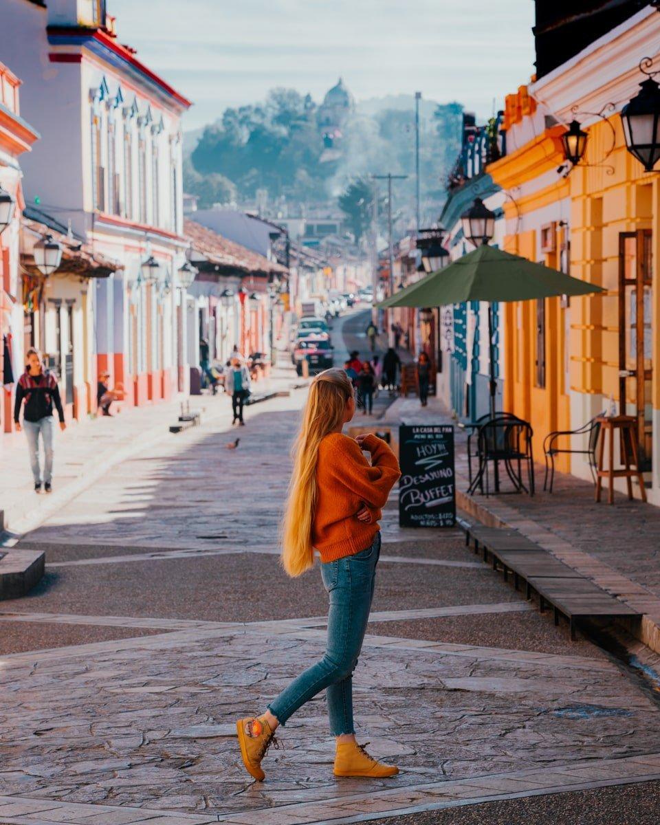 woman in san cristobal de las casas on Real de Guadalupe street