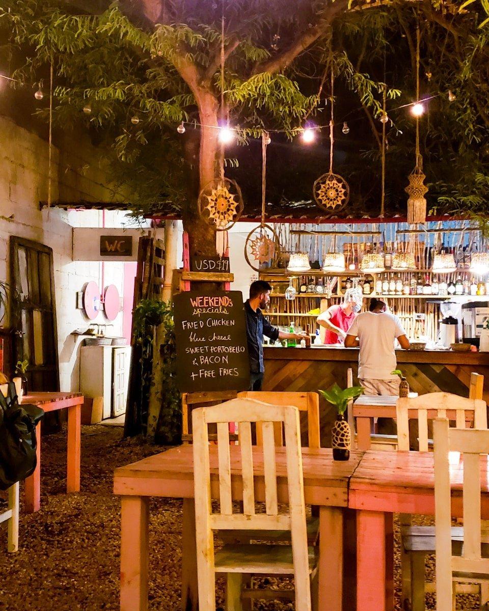 bonita burger bar in tulum