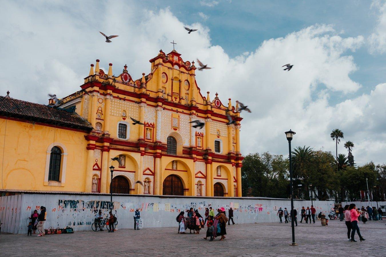 san cristobal cathedral on plaza de la paz in san cristobal de las casas
