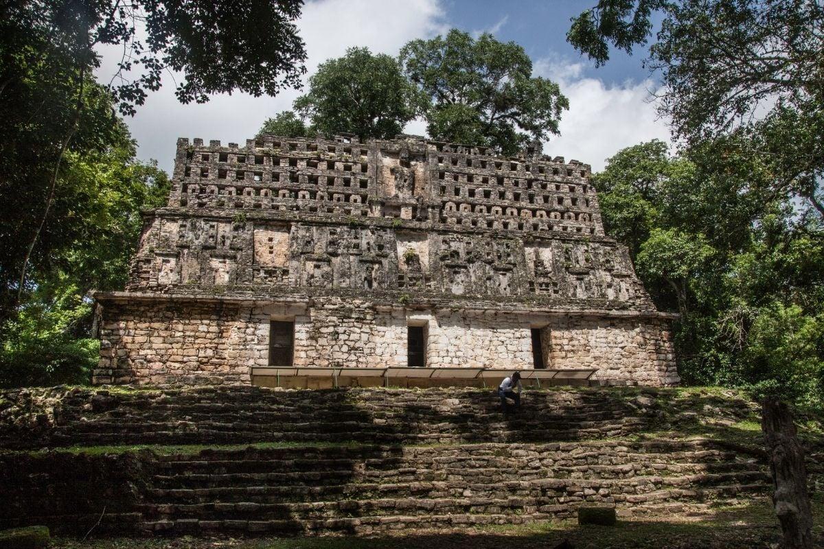 yaxchilan mayan ruins in chiapas mexico