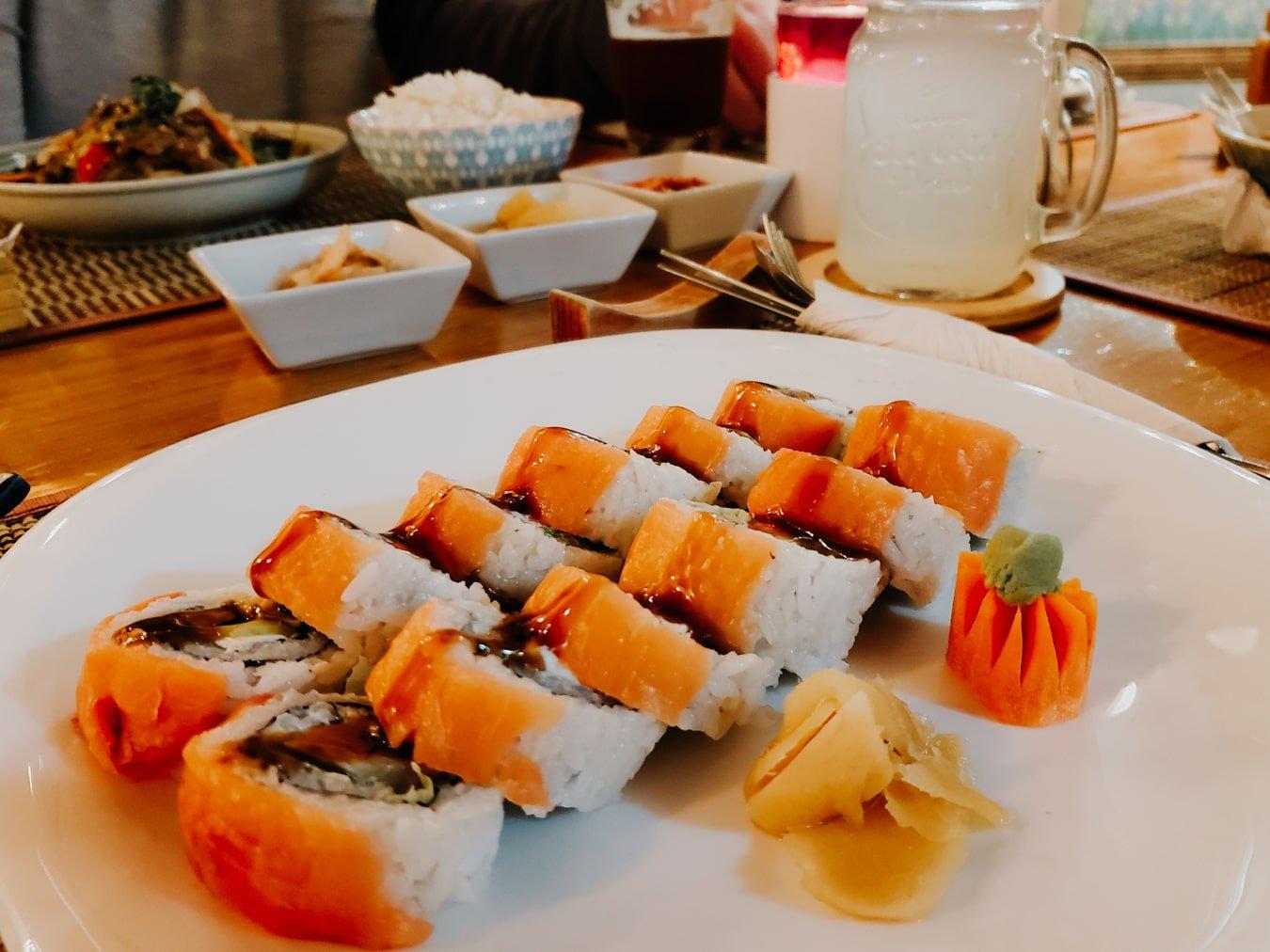 sushi rolls at teddy's comida coreana restaurant in san cristobal de las casas