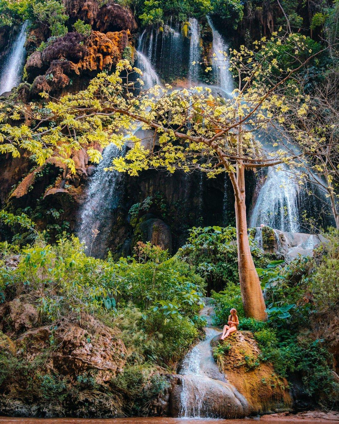 cascada el aguacero inside canon rio la venta ocote reserve in chiapas