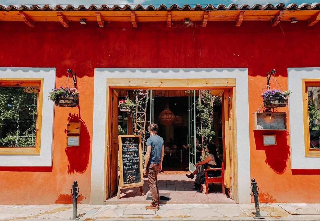sarajevo garden cafe san cristobal de las casas